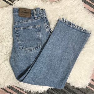 Wrangler Light Wash Crop High Waist Jeans Raw Hem